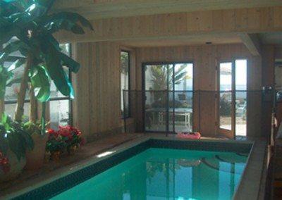 pool to side yard