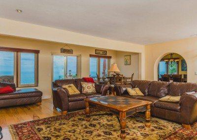 03 132 5th St Encinitas CA 92024 Living Room Ocean to Dining