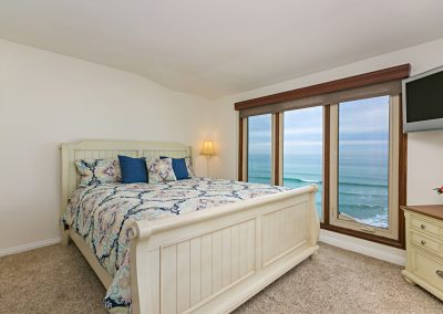 16 132 king bed3