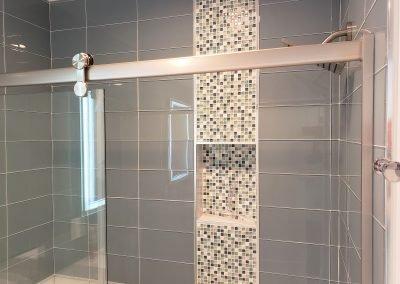 11 1 Queen shower reflects mirror